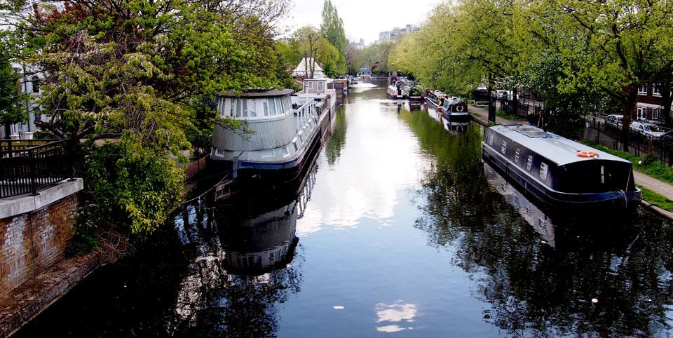 Dónde se cogen los barcos en Little Venice canal