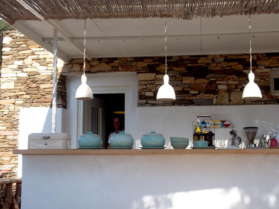 Hotel Kamarotí en Sifnos barra
