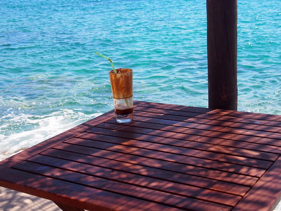 Sifnos en Grecia Lazarou café