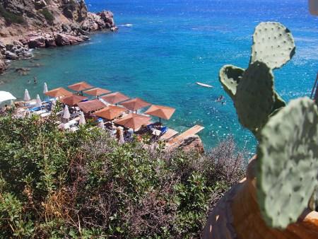 Sifnos en Grecia playa Lazarou