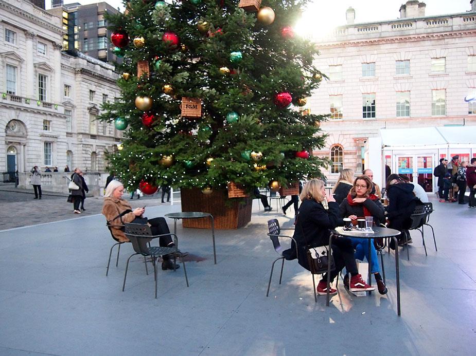 Somerset-House-en-Navidad-arbol-de-navidad