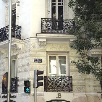Edificio típico Jorge Juan