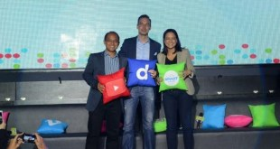 Google Philippines Country Head Ken Lingan, Dailymotion Partnerships Director Clement Gosse, and Smart FVP and Head of Data Services Michele Curran