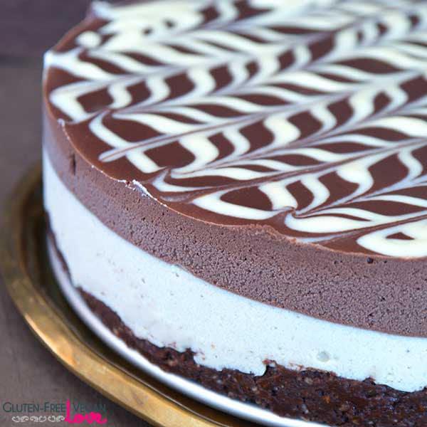 Paleo White Chocolate Strawberry Cake