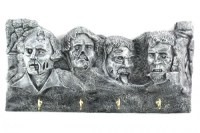 Zombie-Mount-Rushmore-Letter-and-Key-Holder_22528-l-500x333