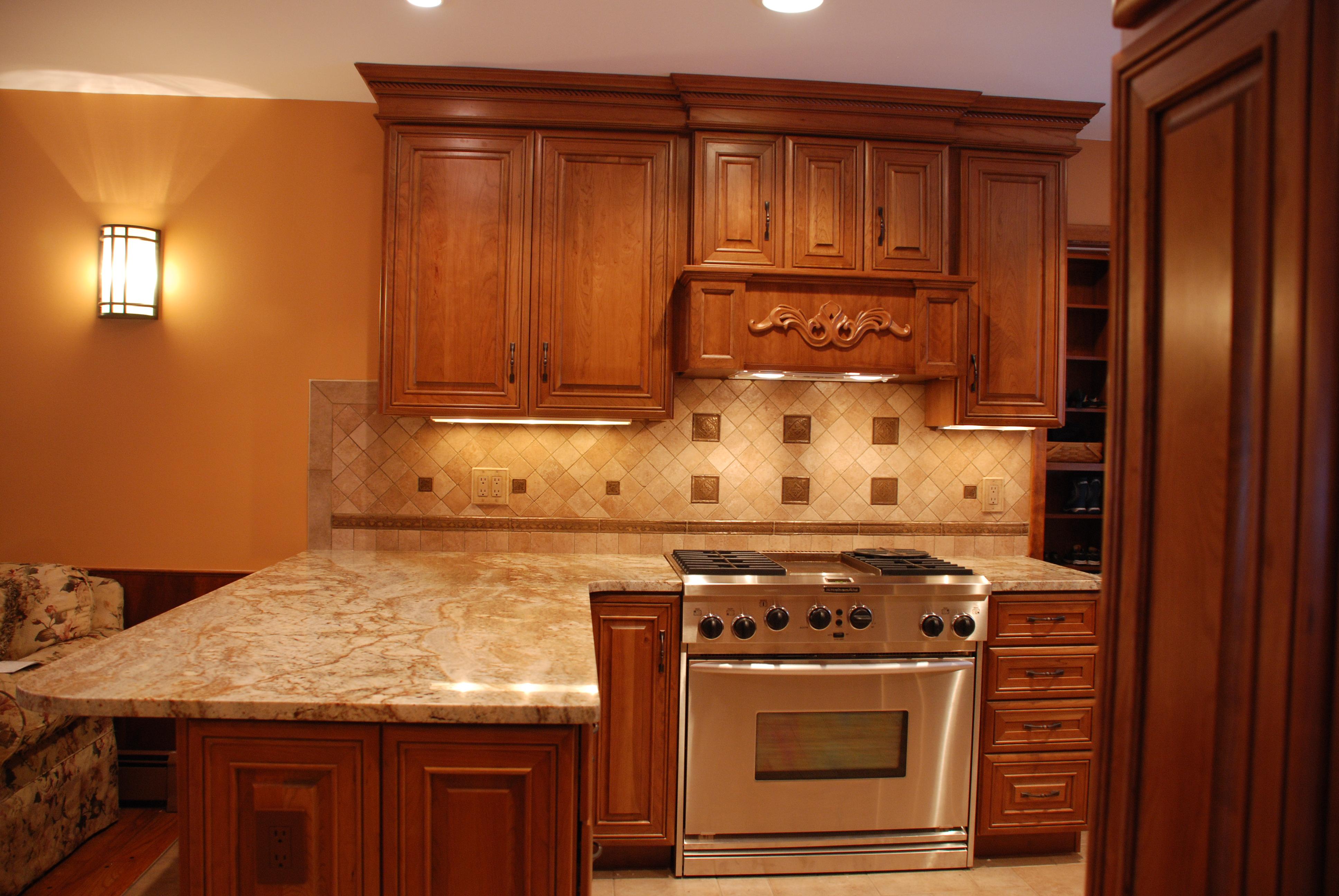 undercabinetlightingshop kitchen under cabinet lighting Xenon Under Cabinet Lighting