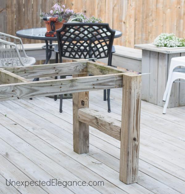 EASY DIY Outdoor Table-1-2.jpg