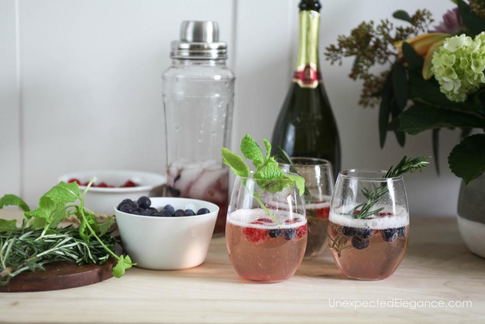 Berry Smash Prosecco cocktail recipe.