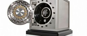 Dottling Colosimo – A Tiny Watch Safe