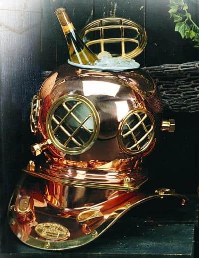ice bucket that looks like a dive helmet