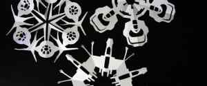 Star Wars Snowflakes – Geeky Papercraft to Waste an Afternoon