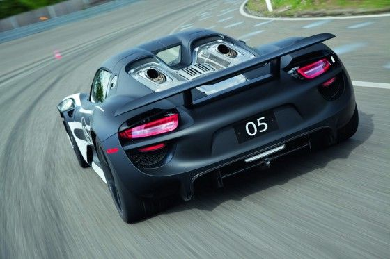 Porsche 918 Plugin Hybrid car