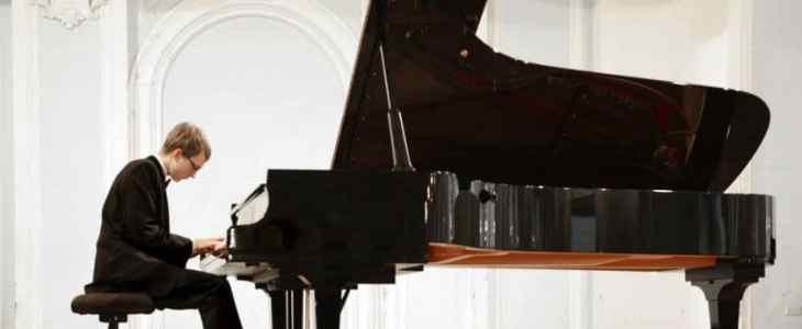 man-playing-piano
