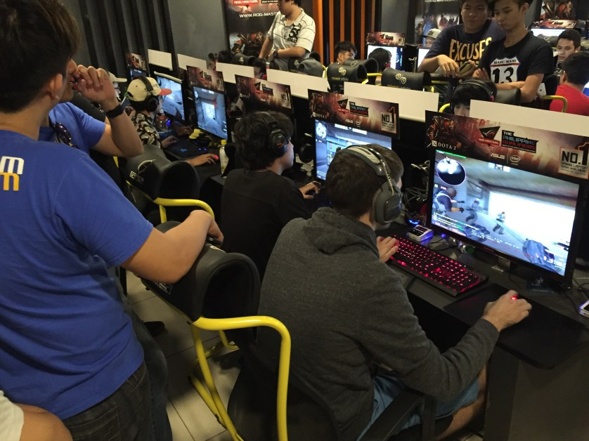 Imperium Pro Team scouting the competition as 5Peaks battles it out.