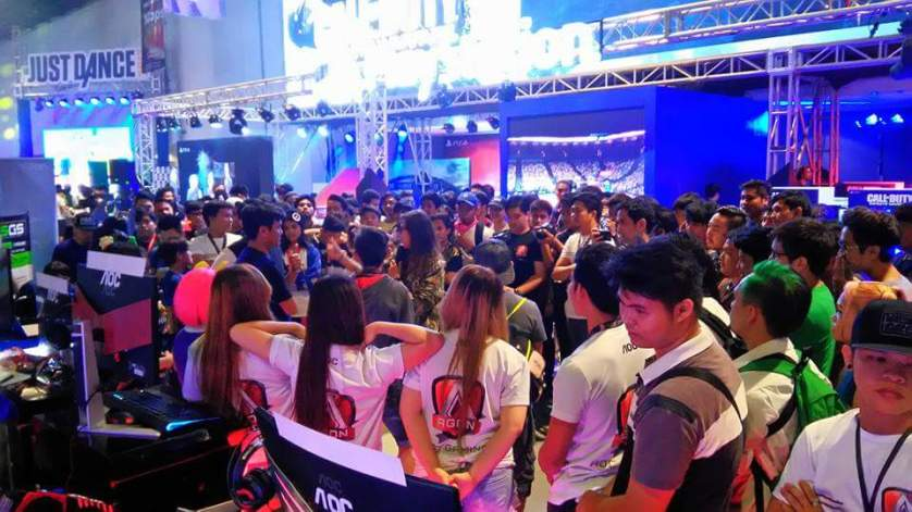 The AGON booth also held mini activites which were hosted by Mineski TV' class=