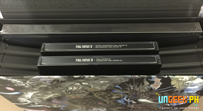 ffxv-uce-box-top-view-opened