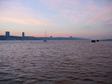 Hudson River from the 66th Street pier at dusk