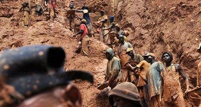 """La extracción de minerales es uno de las causas de la """"maldición de los recursos"""" en la República Democrática del Congo."""