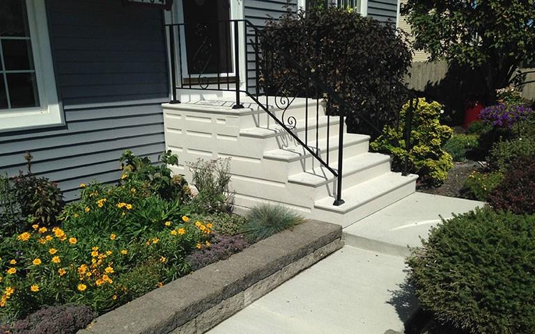 Photo Gallery Precast Concrete Steps And Iron Vinyl Railing