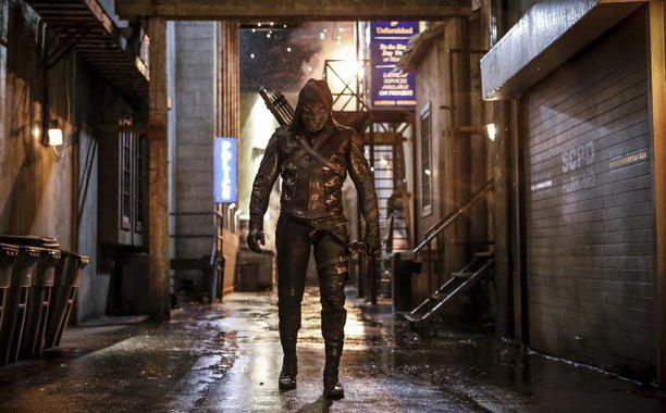Arrow quinta stagione – Chi si nasconde sotto il costume del nuovo villain Prometheus?