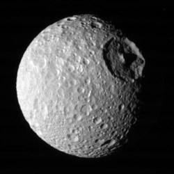 Saturn\'s moon Mimas. Image credit: NASA/JPL/SSI