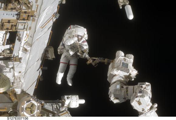 Dave Wolf during an EVA. Credit: NASA