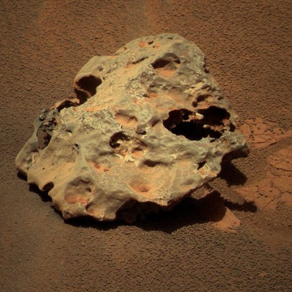 Mackinac on Mars. Credit: NASA/JPL/ colorization by Stuart Atkinson