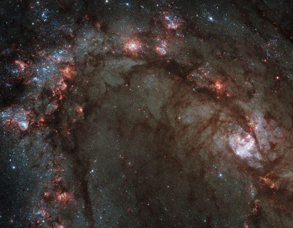 M83. Image credit: Hubble