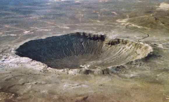 Meteor Crater near Winslow, Arizona. Image credit: NASA.