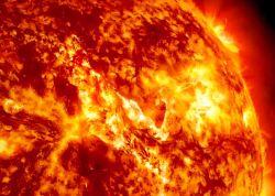 Canyon of Fire on the Sun (NASA/SDO/AIA)