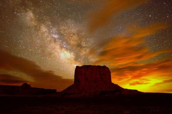 A stunning view of the night sky over Monument Valley Navajo Tribal Park in Arizona, USA. Credit and copyright: Gavin Heffernan/Sunchaser Pictures.