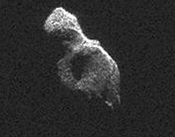 A single radar image frame close-up view of 2014 HQ124. Credit: NASA