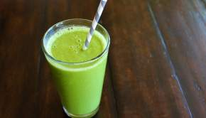 Green Mango Smoothie (University Foodie)