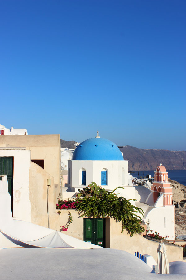 Santorini, Greece | universityfoodie.com