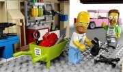 Homer Simpson e Ned Lego