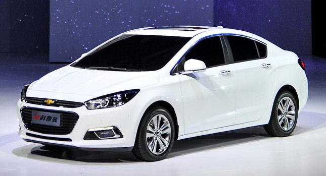 Chevrolet-Cruze-2015