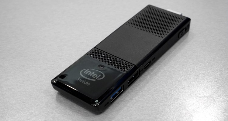 Intel+Compute+Stick+2+fullbleed