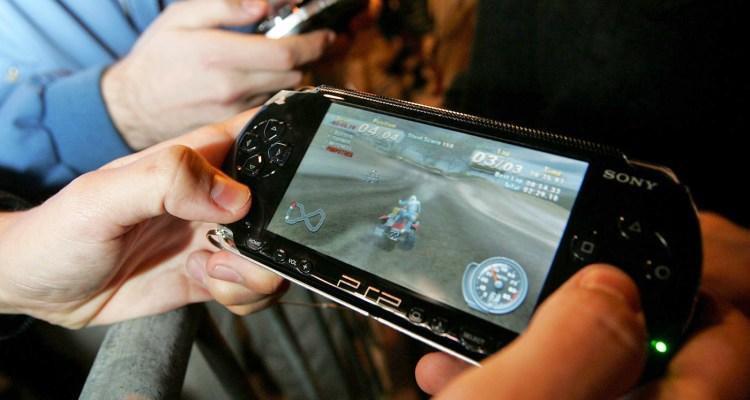 Sony - shutter- PSP -store