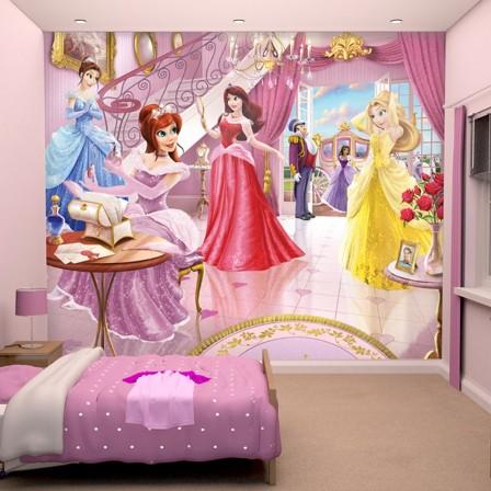 Accessoires et déco de princesses disney pour décorer une chambre de