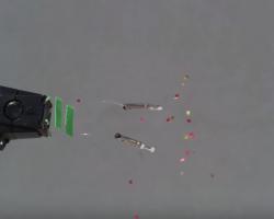 Un taser contra un cuerpo humano capturado a 28.000 FPS