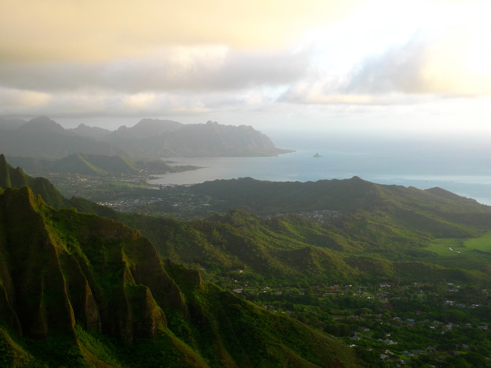 Haiku Stairs Quotstairway To Heavenquot Oahu Unrealhawaiicom
