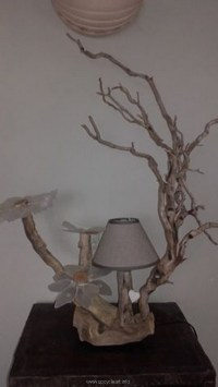 Decorated Driftwood Lamp Art Ideas | Upcycle Art
