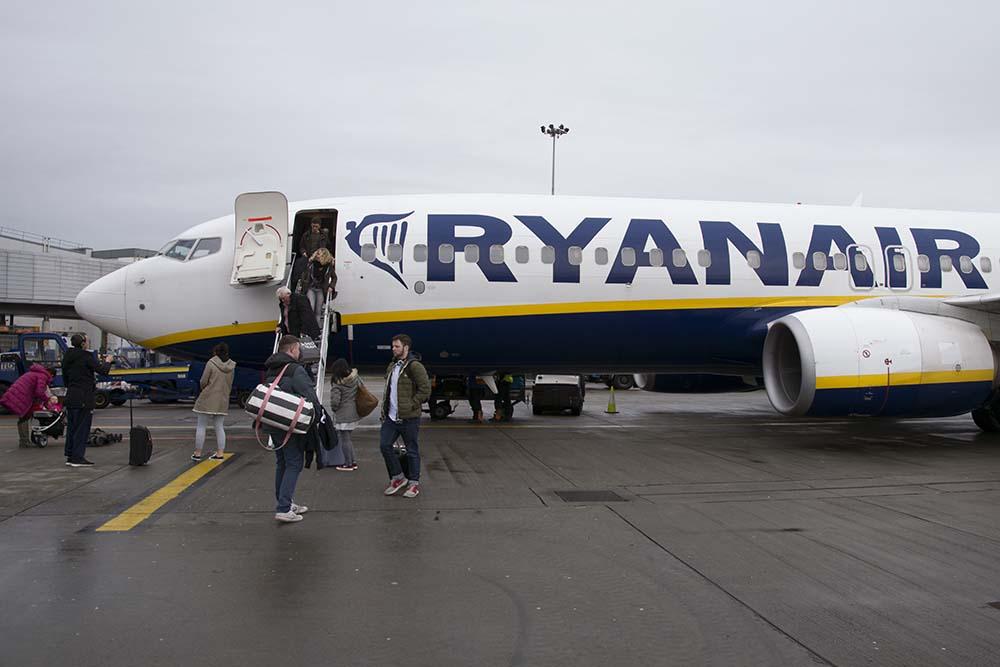 Ouders met kinderen verplichte stoelreservering bij Ryanair