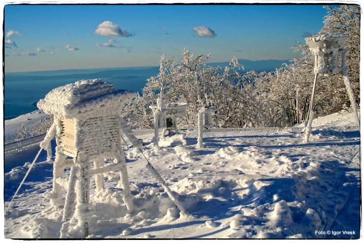 Meteorološka stanica na Zavižanu