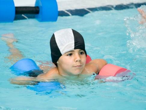 Curso intensivo de natación para niños | Uraterapia