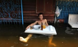 Exemple d'intelligence de la débrouillardise #1 Source : Thaï Flood Hacks.