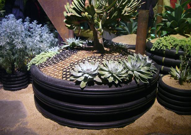 Urban Backyard Golden : More Urban Garden Ideas From the Golden State  Urban Gardens