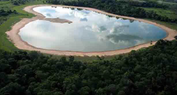 Salina-Heart-Salina-do-Cora-Pantanal
