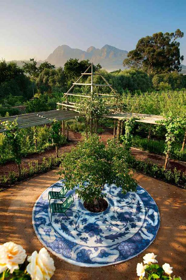 Babylonstoren-garden-mosaic