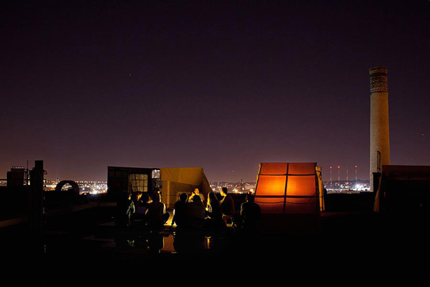 bivouac-night-sky-nyc-rooftop-camping-mark-roemisch